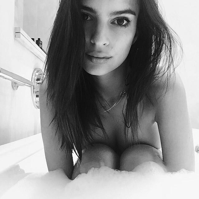Emily-Ratajkowski-Instagram