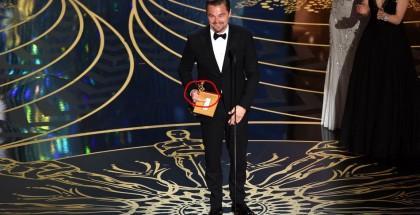 dito-medio-DiCaprio-foto-1