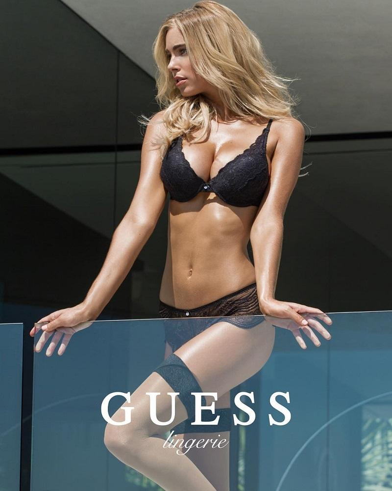 Guess-Swimsuit-2016-Elizabeth-Cameron-Turner-foto-5