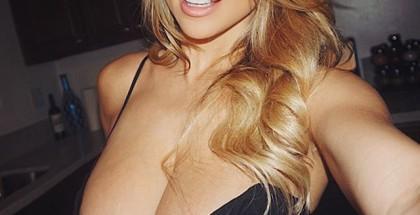 instagram-Lindsey-Pelas-foto-9