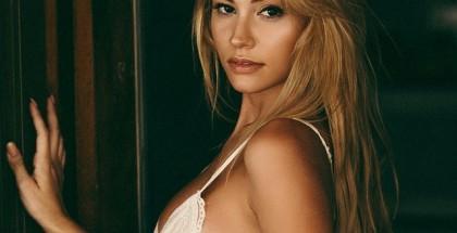 Bryana-Holly-24