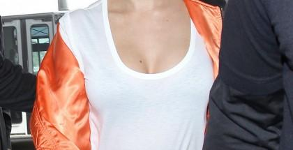 Selena-Gomez-pushup-foto-3