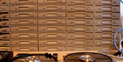 Ecco il video dei 64 floppy drives e la colonna sonora di Star Wars!