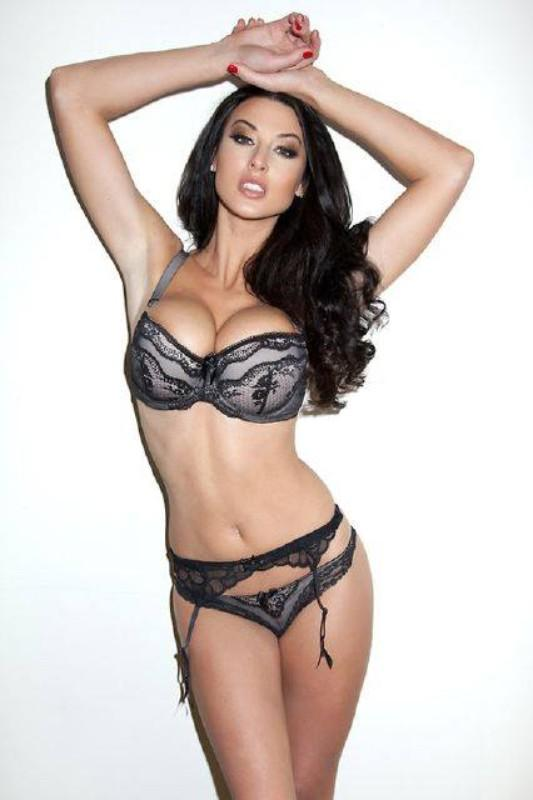 God save the Tabloid Queen: Alice Goodwin - (31 FOTO)