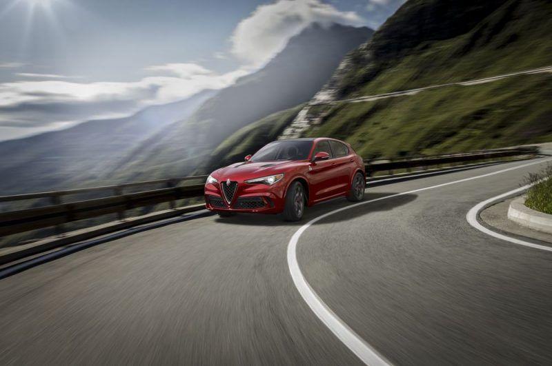 Alfa-Romeo-Stelvio-foto-3