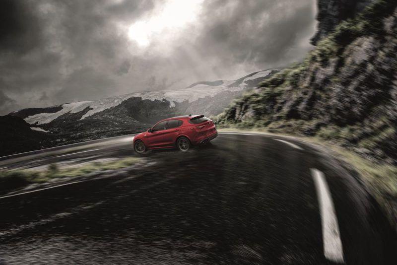 Alfa-Romeo-Stelvio-foto-5