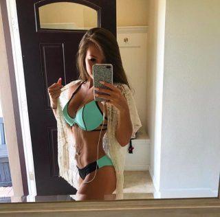 Taylor_Alesia-tayloralesia-18