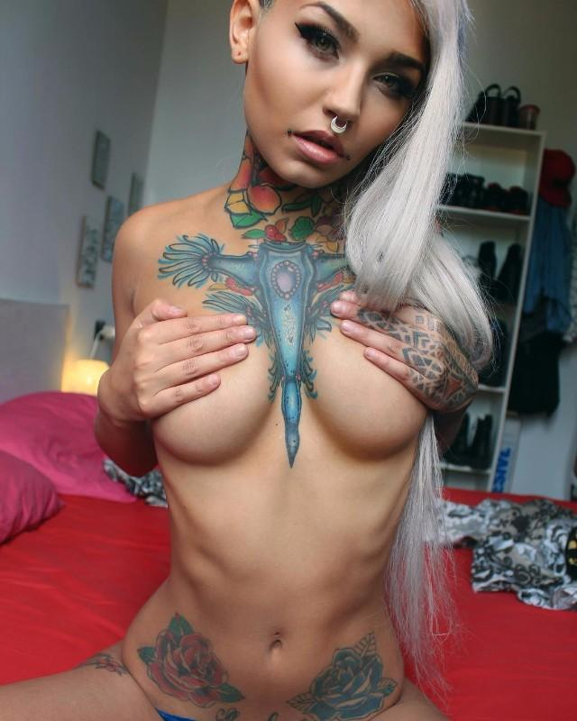 Fishball Suicide: from Sardinia with sensual LOVE - (30 FOTO)