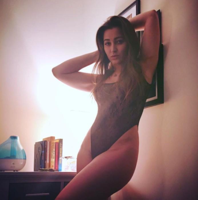 Dani_Daniels-suckingallthed