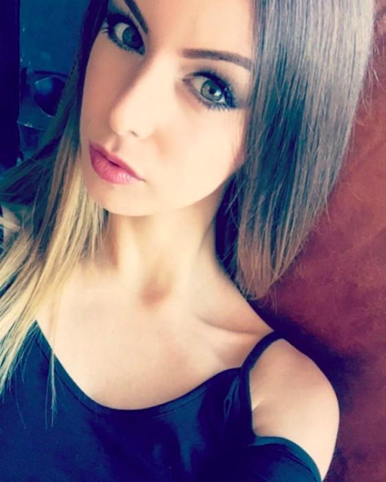 Stella_Cox-sexystellax