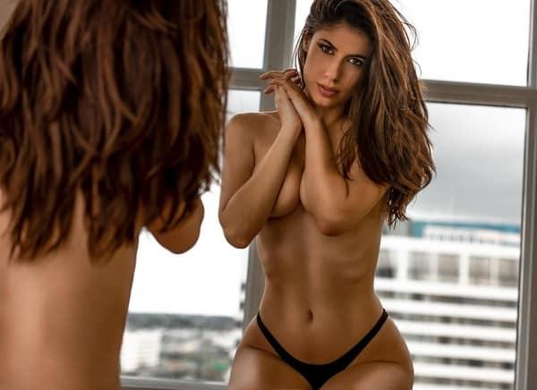 Ines-Trocchia-nuda-4